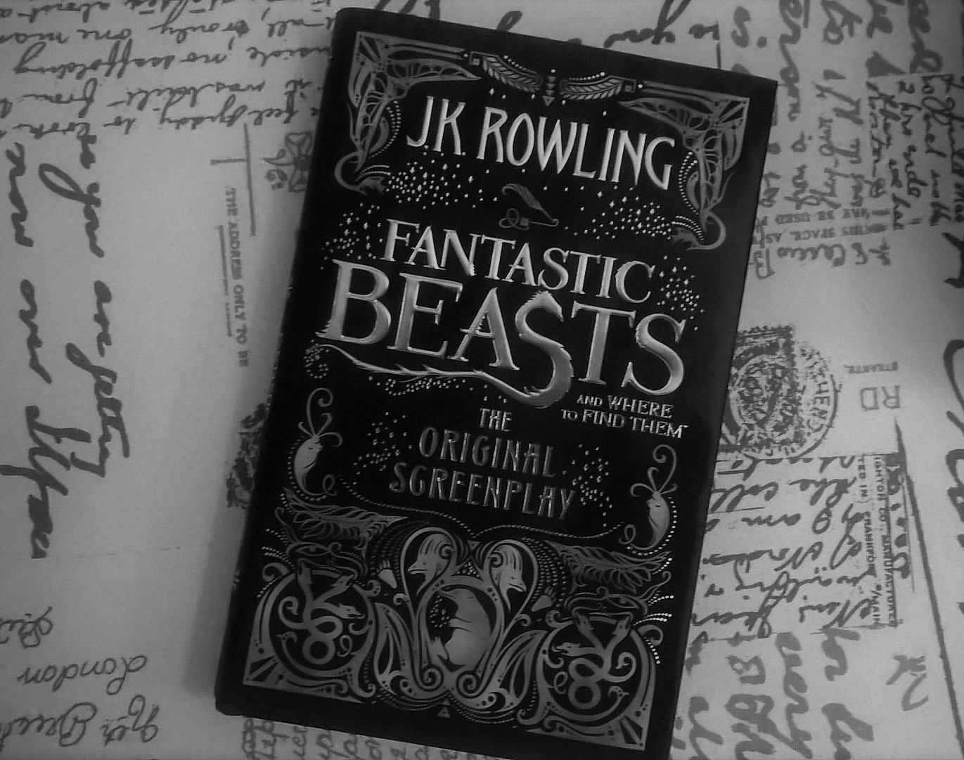 fantastic beasts and where to find them book. plays fantastic beats screenplay humpo show beasts and where to find them book